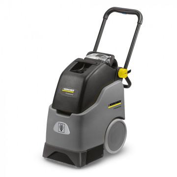 Profesionální stroj na čištění koberců KARCHER BRS 30/15 C